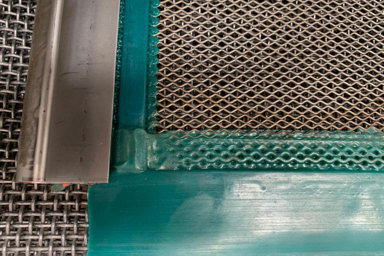 imagen Mallas DMR producto mallas metálica anticolmatante doble onda